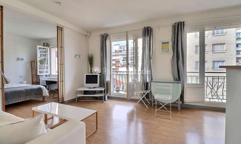Rent Apartment 1 Bedroom 48m² rue Parent de Rosan, 16 Paris