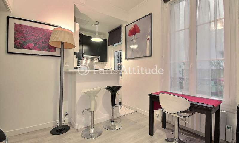 Rent Apartment Studio 21m² rue Marcadet, 18 Paris