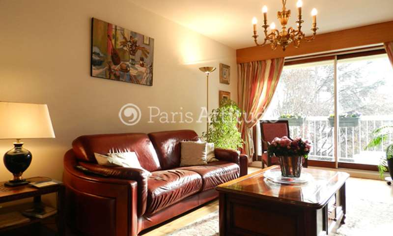 Rent Apartment 2 Bedroom 72m² square Saint Irenee, 75011 Paris