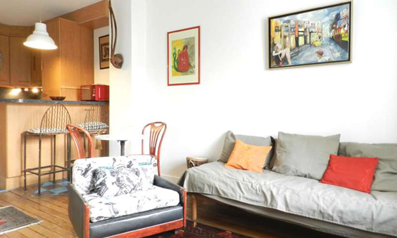 Rent Apartment Studio 36m² cour bérard, 4 Paris