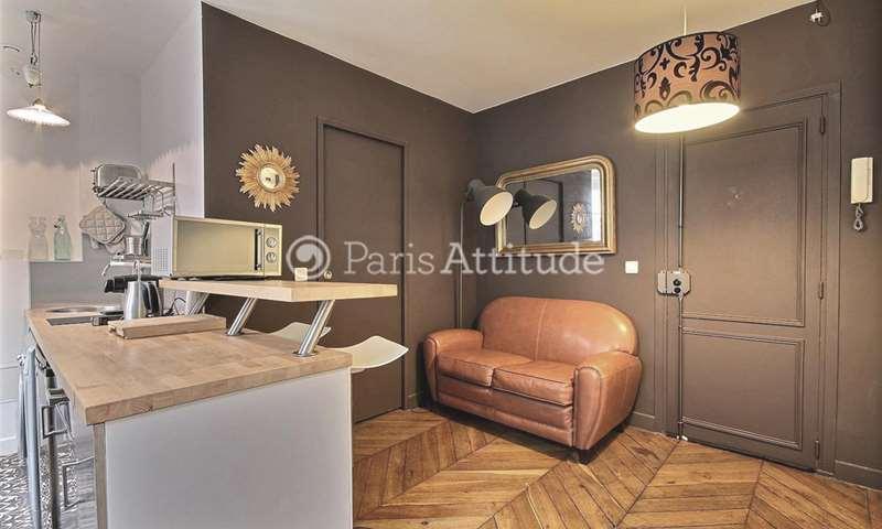 Rent Apartment 1 Bedroom 25m² rue Andre Antoine, 18 Paris