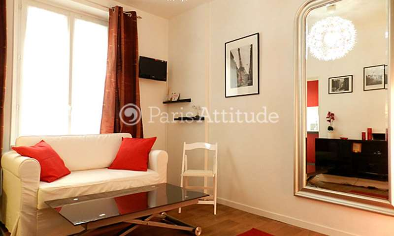 Rent Apartment Studio 16m² rue Joseph Dijon, 18 Paris