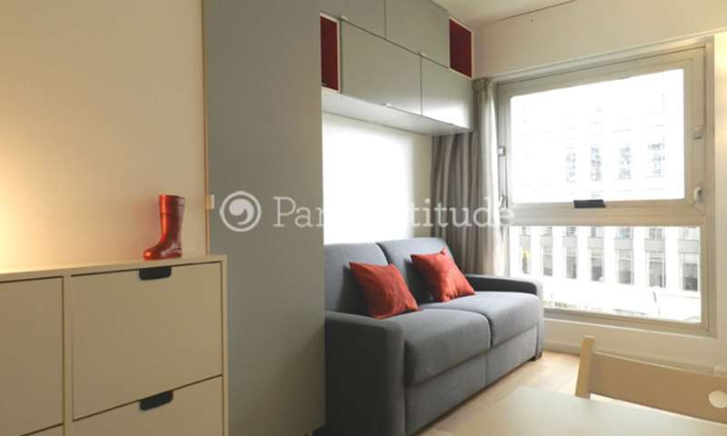 Location Appartement Studio 16m² boulevard de Vaugirard, 15 Paris