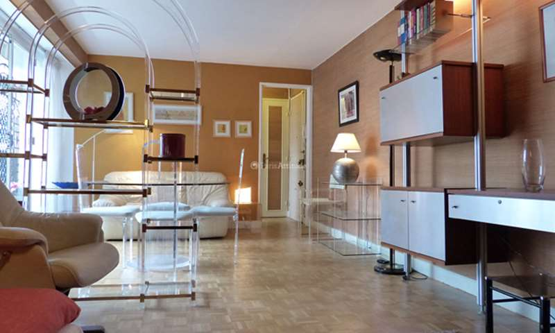 Rent Apartment 1 Bedroom 59m² rue Ordener, 18 Paris