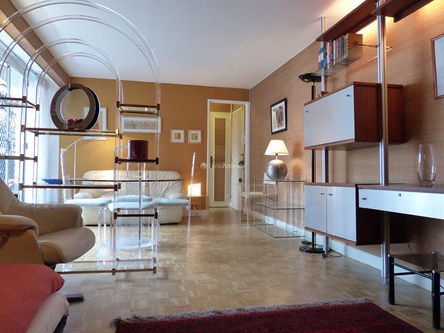 Rent furnished Apartment 1 Bedroom 59m² rue Ordener, 75018 Paris