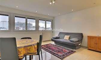 Location Appartement 1 Chambre 52m² rue Michel Ange, 16 Paris