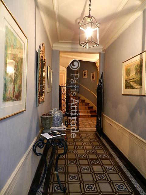 louer un appartement paris 75017 80m parc monceau ref 10621. Black Bedroom Furniture Sets. Home Design Ideas