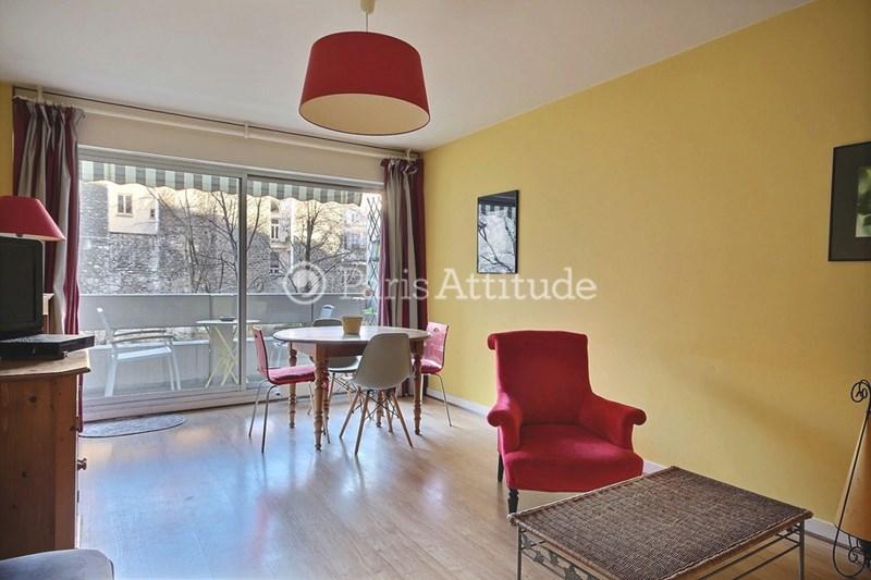 Location Appartement 2 Chambres 65m² rue de la Roquette, 75011 Paris