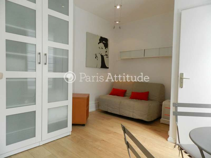 Louer un appartement paris 75006 15m luxembourg for Location appartement atypique paris