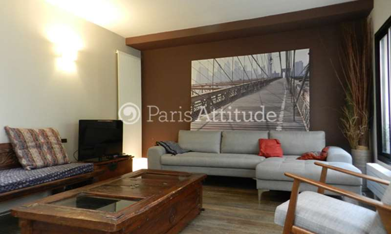 Rent Triplex 3 Bedrooms 120m² rue Godefroy Cavaignac, 11 Paris
