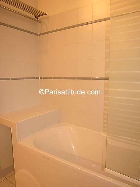 Louer un appartement paris 75003 63m le marais ref 1080 for Louer un appartement meuble a paris