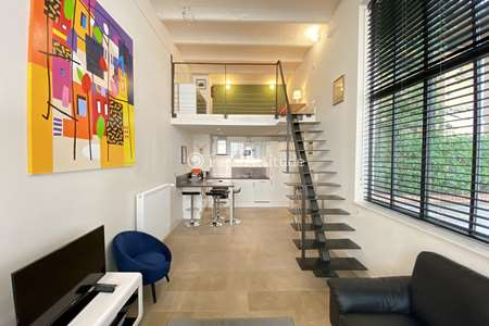 Appartement atypique paris 75 location appartement for Location atypique paris