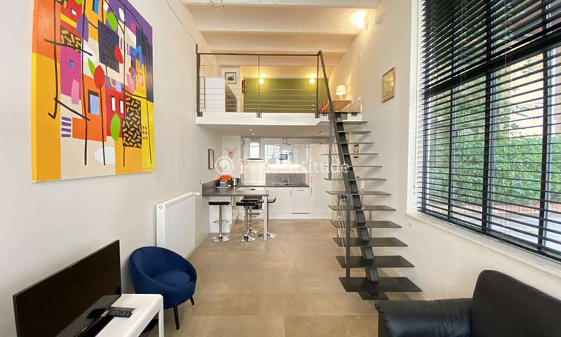 Rent Loft 1 Bedroom 38m² rue de Turenne, 75003 Paris