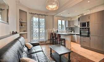 Rent Apartment 2 Bedrooms 70m² rue d Arcole, 4 Paris