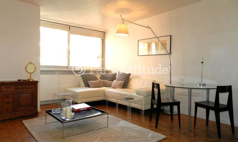 Location Appartement 1 Chambre 45m² rue Robert de Flers, 15 Paris