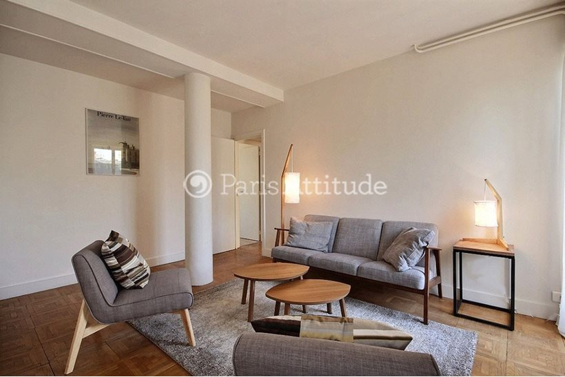 Rent furnished Apartment 3 Bedrooms 70m² rue du Bac, 75007 Paris