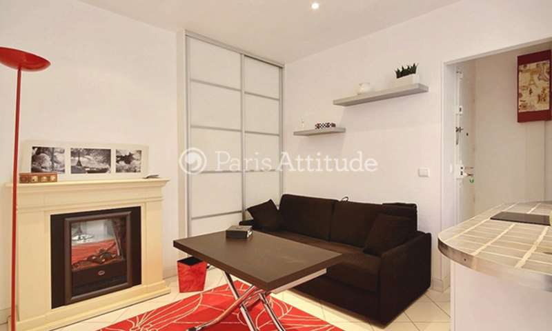 Rent Apartment 1 Bedroom 28m² rue de Fecamp, 12 Paris