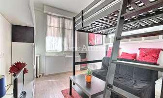 Rent Apartment Studio 17m² rue Saint Lambert, 15 Paris