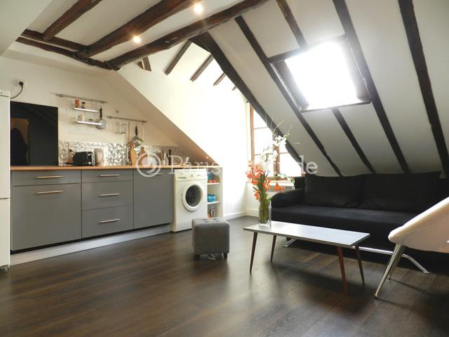 Louer un appartement paris 75009 18m anvers ref 11204 for Canape rodier