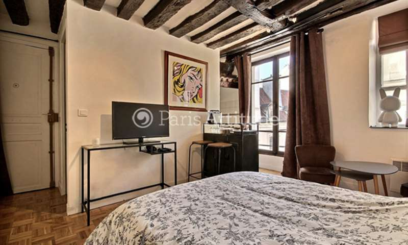 Rent Apartment Studio 17m² rue de Clery, 75002 Paris
