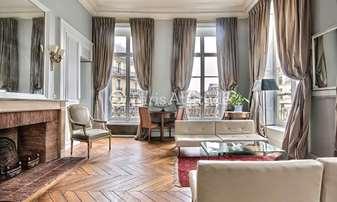 Rent Apartment 2 Bedrooms 90m² rue de Conde, 6 Paris