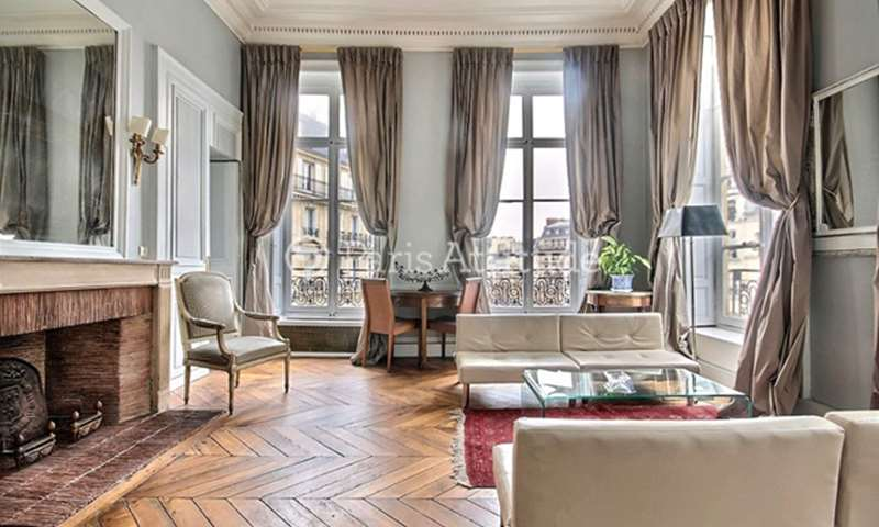 Location Appartement 2 Chambres 90m² rue de Conde, 6 Paris