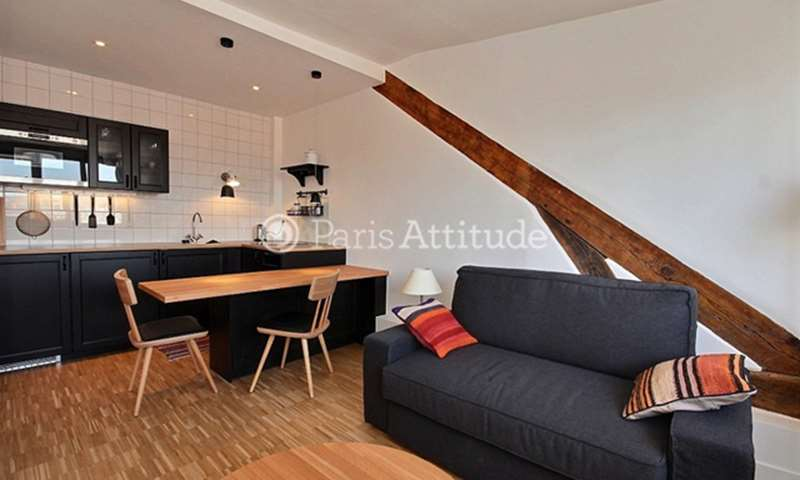 Rent Apartment Studio 23m² rue Eugene Varlin, 75010 Paris