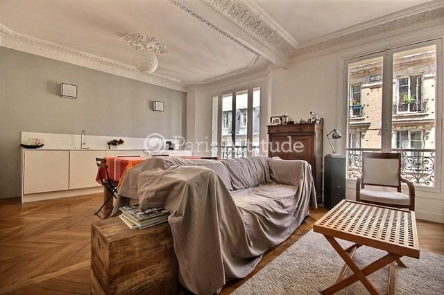 Rent Apartment 3 Bedroom 82m² rue de Levis, 75017 Paris