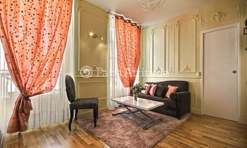 Rent Apartment 1 Bedroom 32m² rue Jean Jacques Rousseau, 1 Paris