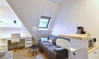 Rent Apartment Studio 17m² square du Roule, 8 Paris