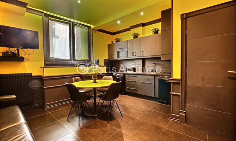 Rent Apartment 1 Bedroom 47m² rue Magellan, 8 Paris