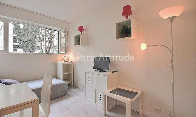 Location Appartement Studio 17m² rue Pixerecourt, 20 Paris