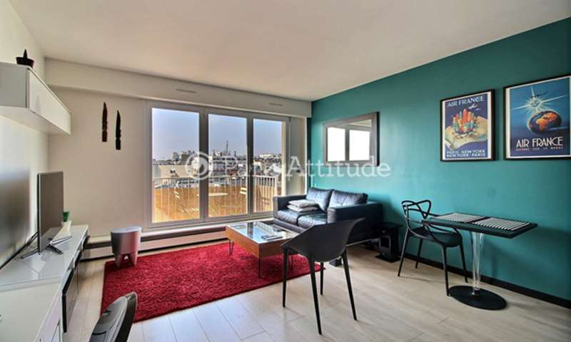 Rent Apartment 1 Bedroom 43m² rue de Rochechouart, 75009 Paris