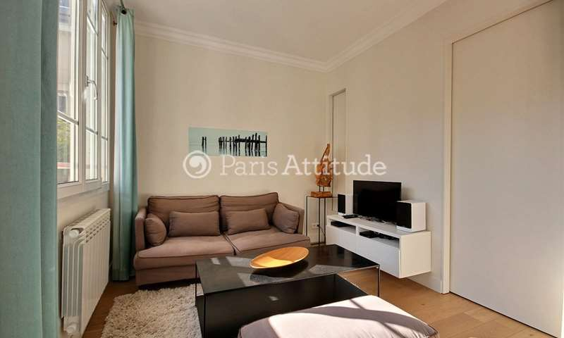 Rent Apartment 1 Bedroom 40m² rue Saint Sauveur, 75002 Paris
