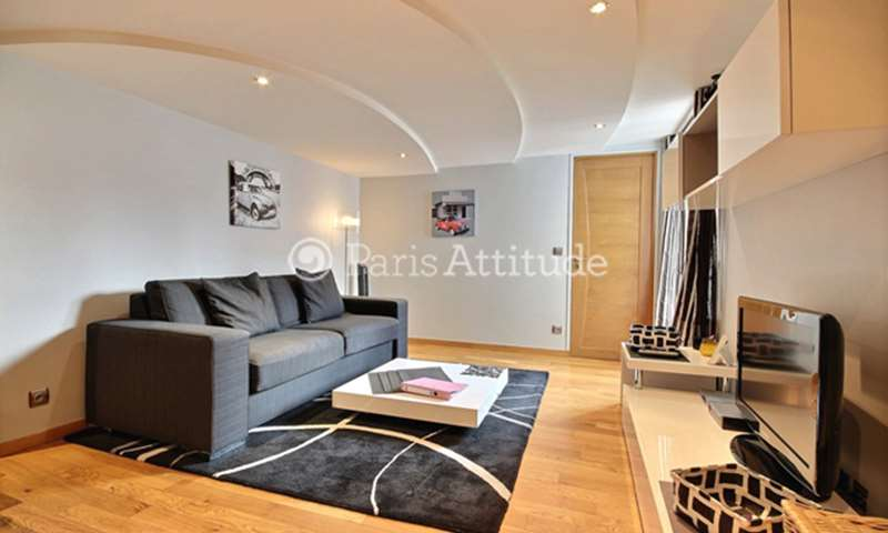 Rent Apartment 1 Bedroom 45m² rue du Bac, 7 Paris