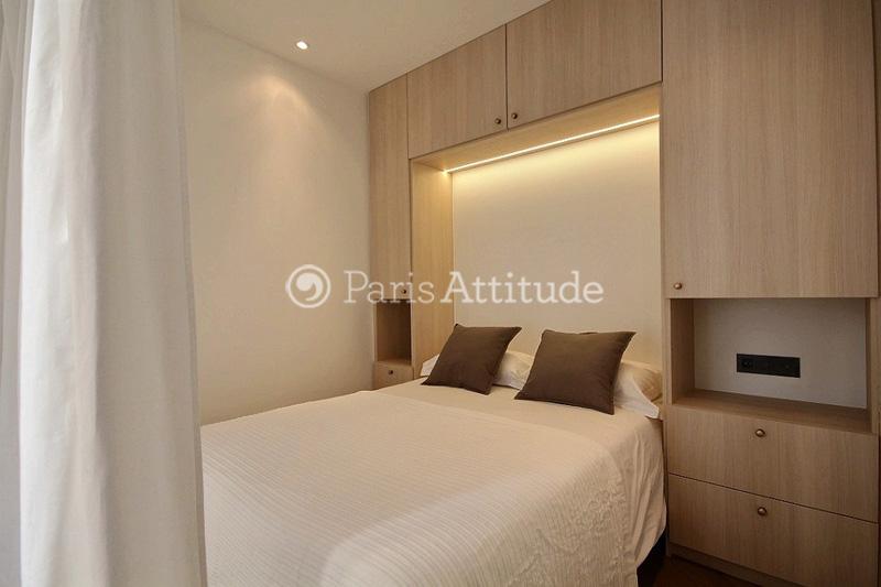 la chambre alcove de 6 m est quipe avec un lit double 140m des placards du parquet - Chambre Alcove