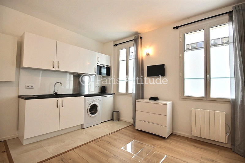 Louer un appartement paris 75015 21m tour eiffel for Studio cuisine americaine