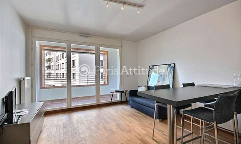 Rent Apartment 1 Bedroom 39m² rue de l Ourcq, 19 Paris