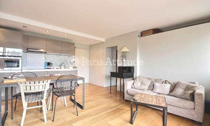 Rent Apartment 1 Bedroom 42m² rue Leon Frot, 11 Paris