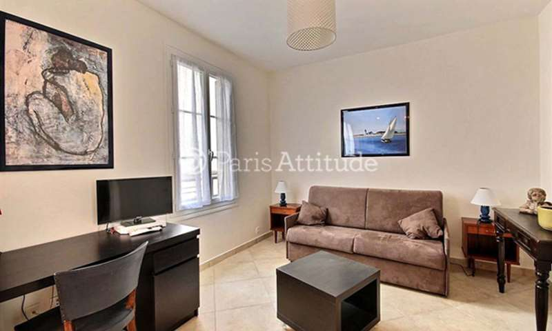 Rent Apartment Studio 22m² rue de la Roquette, 75011 Paris