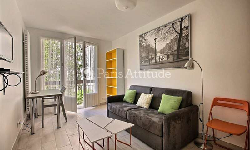 Rent Apartment Studio 23m² rue de la Pierre Levee, 11 Paris