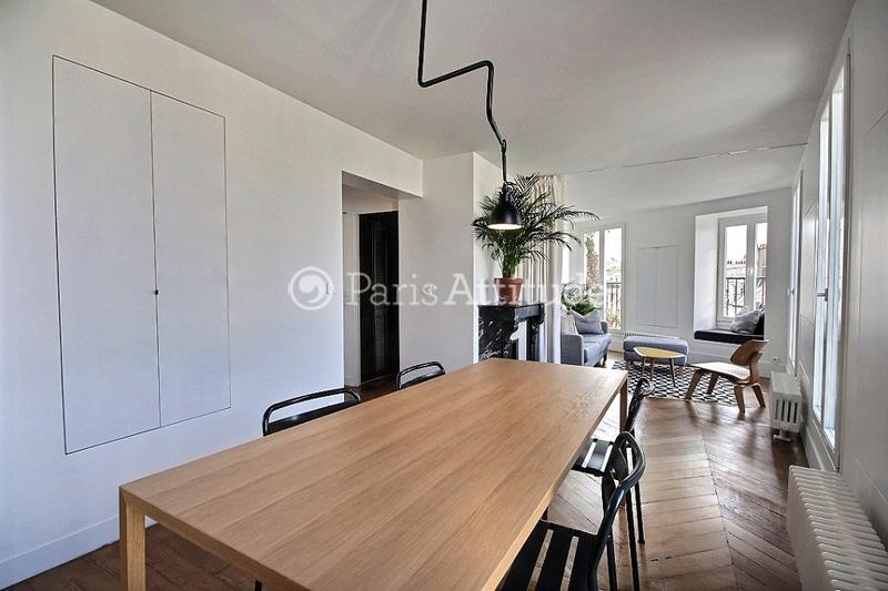 Rent apartment in paris 75009 59m moulin rouge ref 11791 - Table ronde 10 personnes salle a manger ...