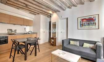 Location Appartement 2 Chambres 37m² rue Chappe, 18 Paris
