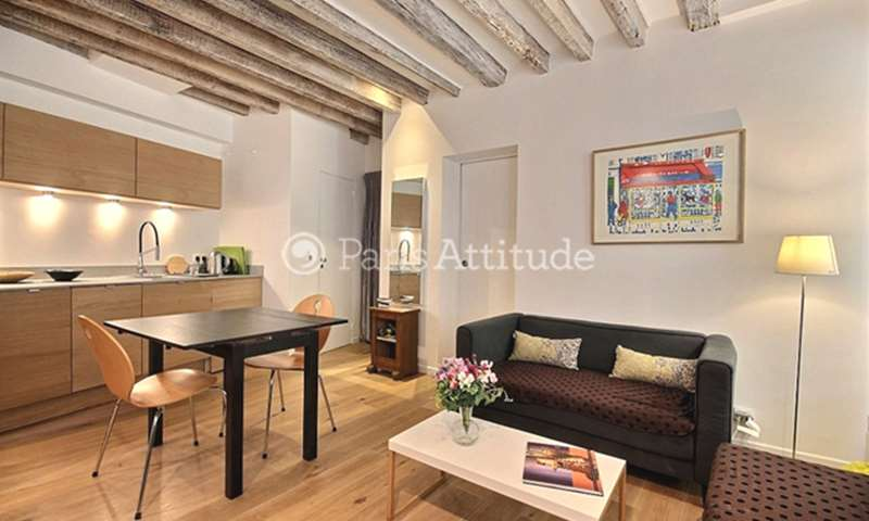 Rent Apartment 2 Bedrooms 37m² rue Chappe, 18 Paris