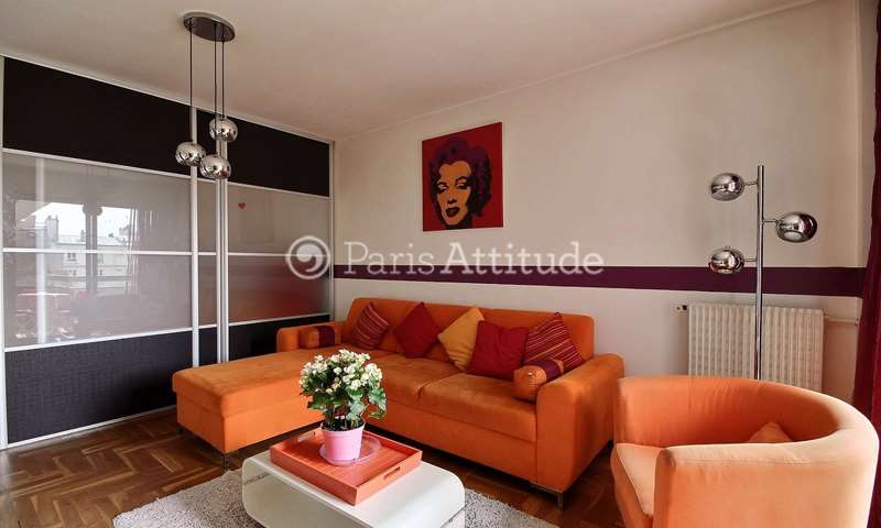Rent Apartment Alcove Studio 40m² rue Leon Frot, 11 Paris