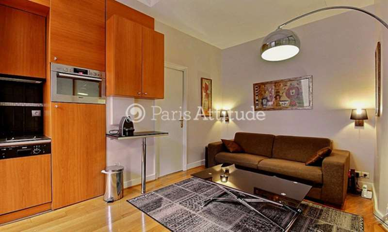 Rent Apartment 1 Bedroom 40m² rue de Berri, 75008 Paris