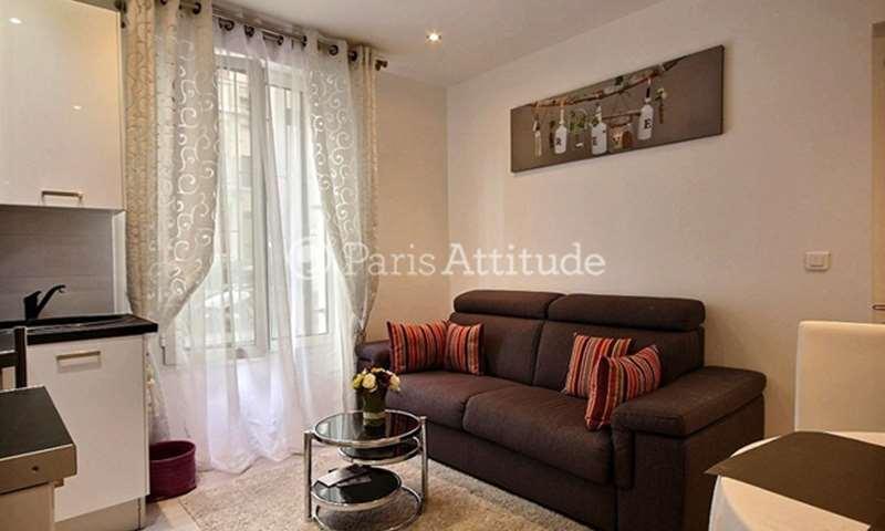 Location Appartement 1 Chambre 35m² rue Robert Planquette, 18 Paris