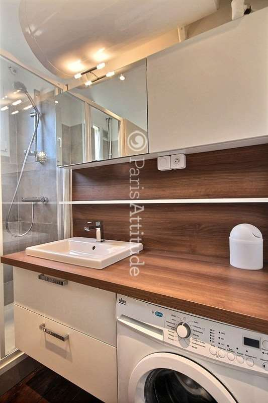 Louer un appartement paris 75011 67m nation ref 11937 for Louer un appartement meuble a paris
