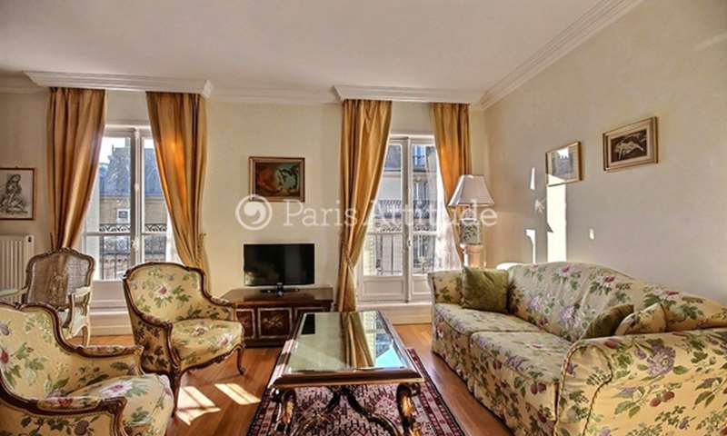 Location Appartement 2 Chambres 80m² rue de Constantinople, 75008 Paris