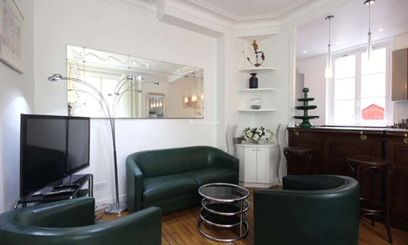 Rent Apartment 2 Bedroom 60m² rue Berthollet, 75005 Paris